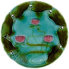 Villeroy & Boch Art Nouveau Majolica Water Lily Plate, Germany, circa 1910