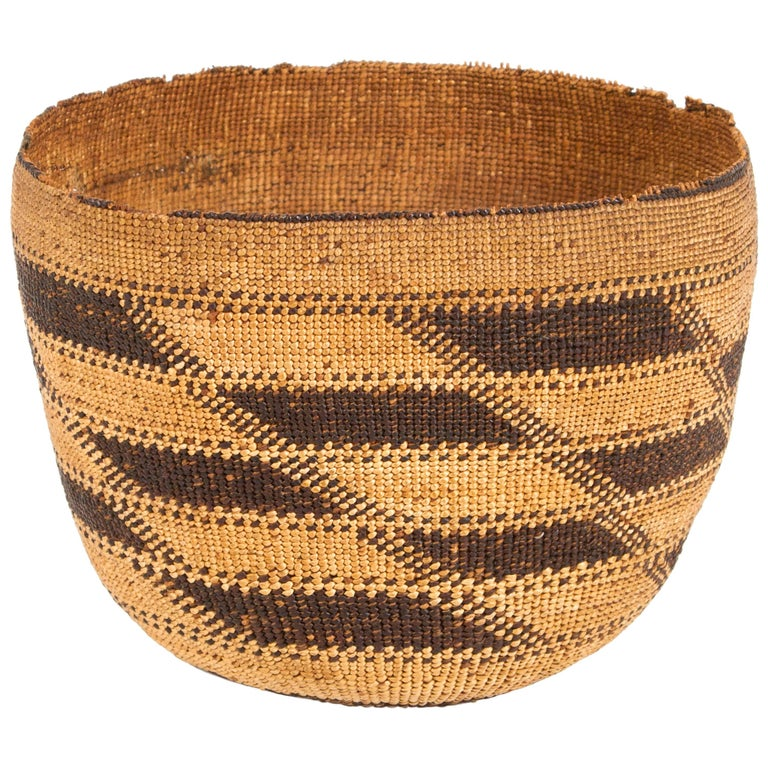 6991e8a5e8c Native American Hupa Hat Basket For Sale at 1stdibs