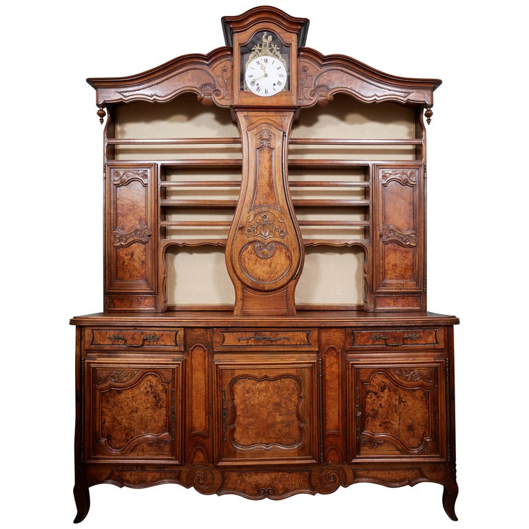 Beautiful 19th Century Walnut Clock Vasselier