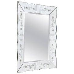 Schräger Französischer Vintage Spiegel