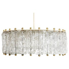 Large Impressive Kalmar Brass and Ice Textured Glass, 1950s Chandelier