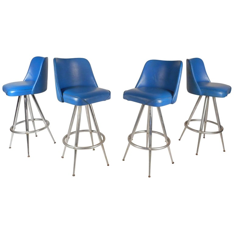 Set of Four Mid-Century Modern Swivel Bar Stools by L & B Products Corporation For Sale
