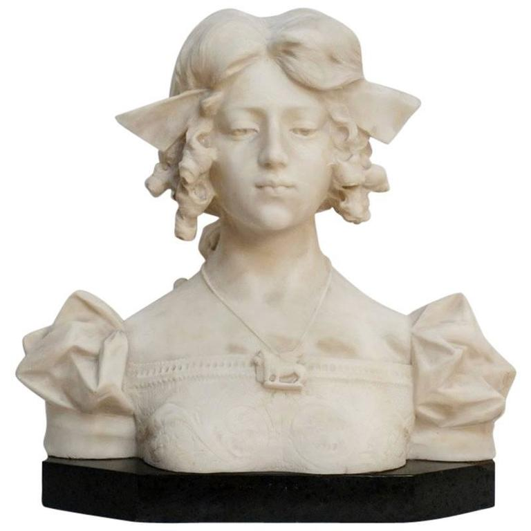 Grand Tour Carrara alabaster bust of Dante's Beatrice, Italian, 19th Century For Sale