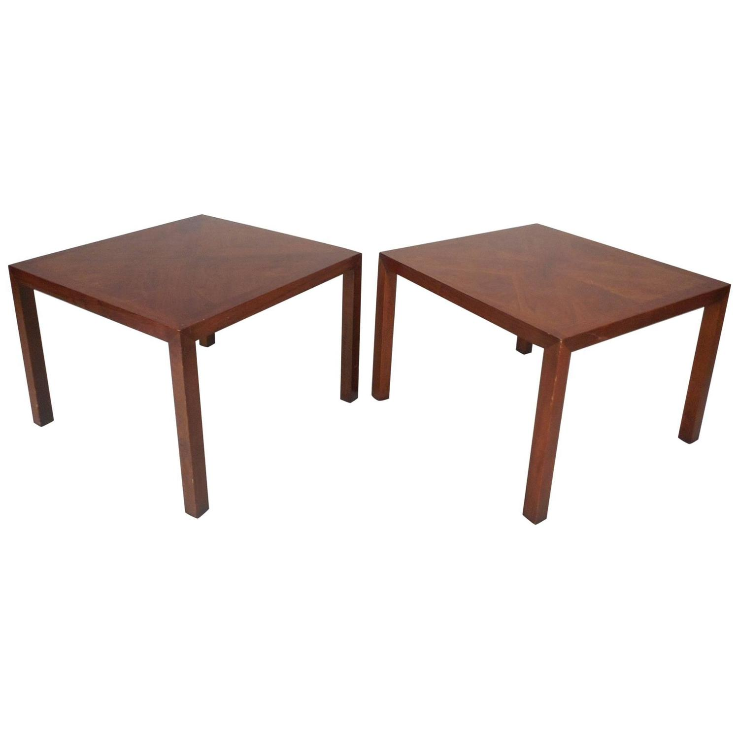 Mid Century Modern Walnut And Rosewood End Table Tuxedo By Lane