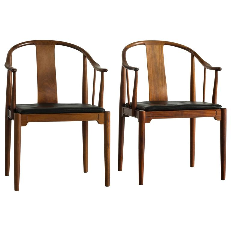 Pair of Chinese Chairs in Cuban Mahogany by Hans J. Wegner