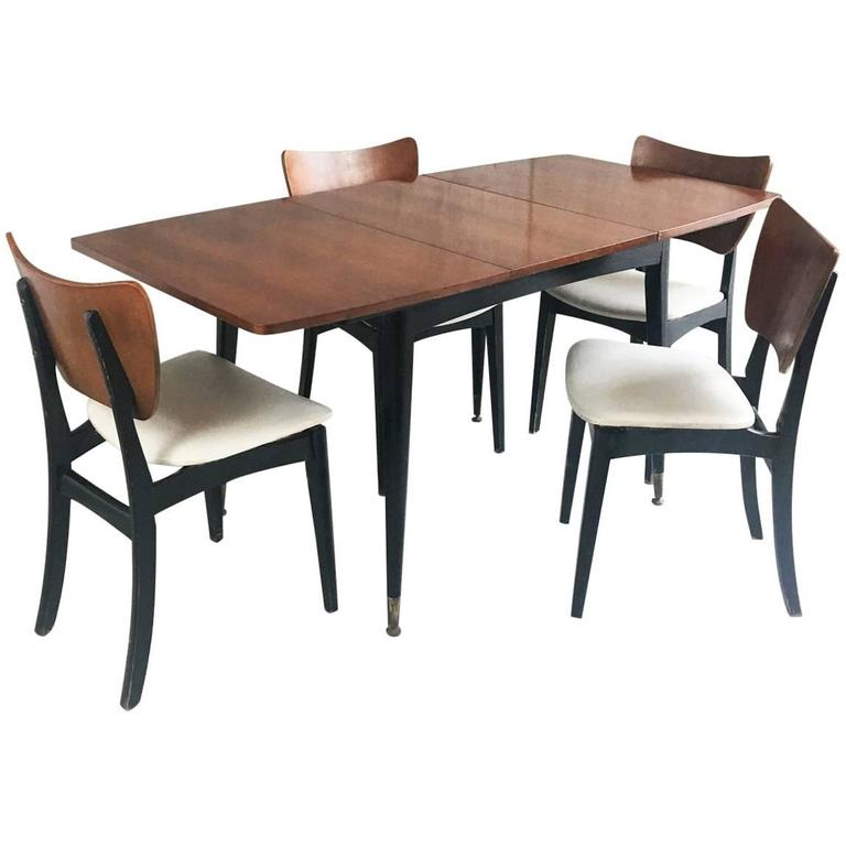 1960s Vintage Mid-Century Extendable Dining Table And Four