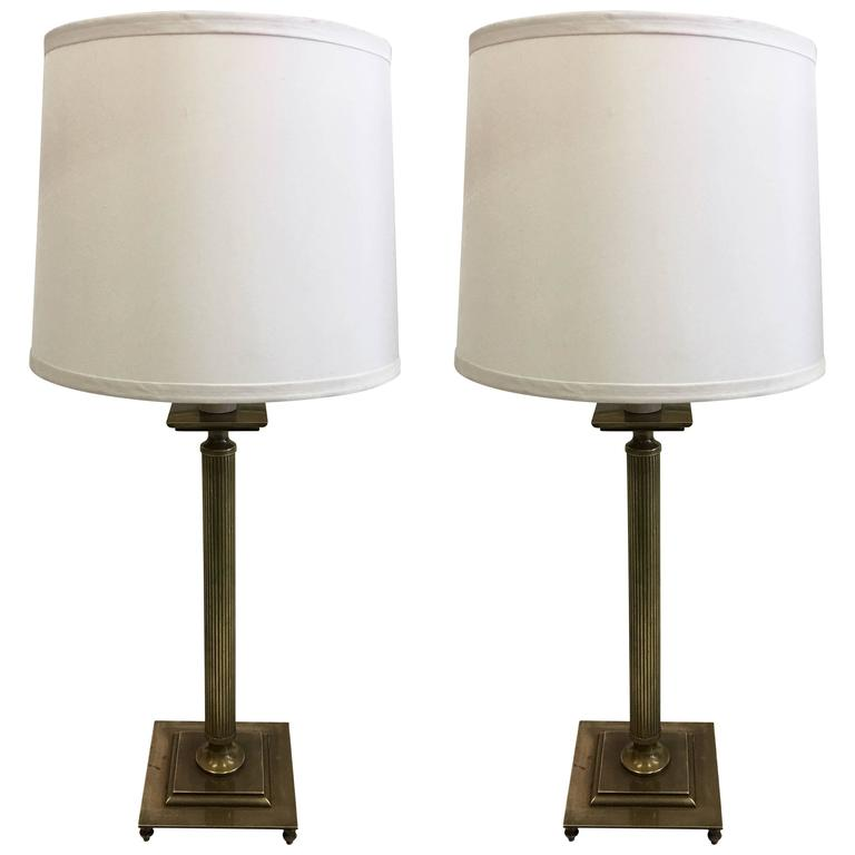 Pair of French Mid-Century Modern Neoclassical Brass Table Lamps, Maison Jansen For Sale