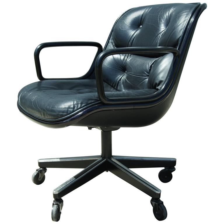 Black Leather Executive Chair by Charles Pollock for Knoll For Sale