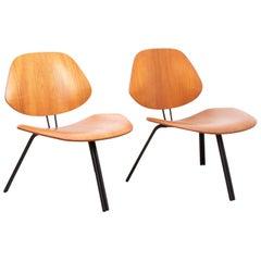 Osvaldo Borsani Pair of P31 Lounge Chairs by Tecno, 1963