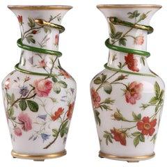 19th Century Pair of Restauration Vases in White Enamel Opaline
