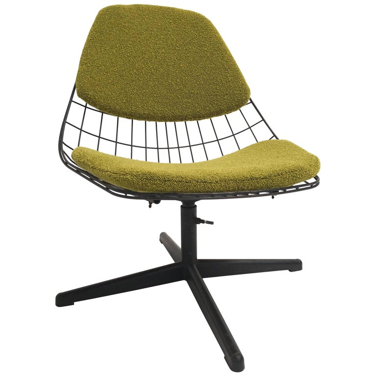 Cees Braakman & Adriaan Dekker FM25 with Swivel Base for UMS Pastoe, 1958 1