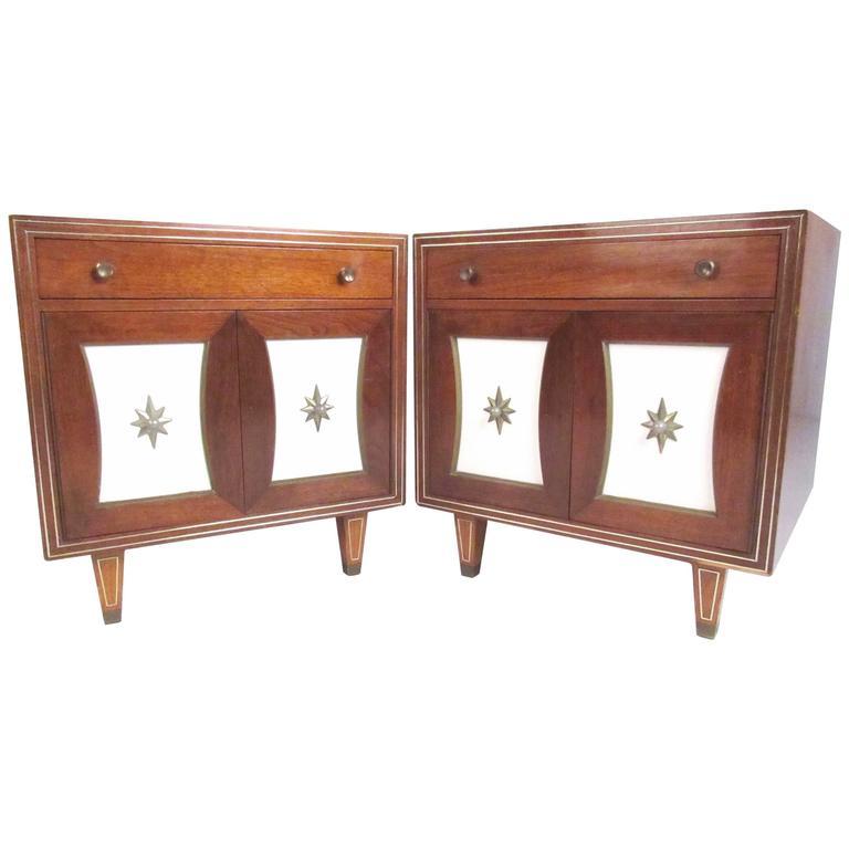 Pair of Vintage Modern American Nightstands, circa 1920s For Sale