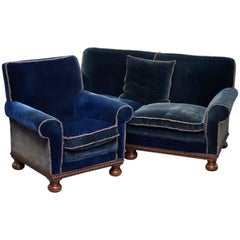 Rare 1880s Country House Napoleonic Blue Silk Velvet Club Armchair Sofa Suite