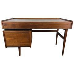 Dillingham Desk