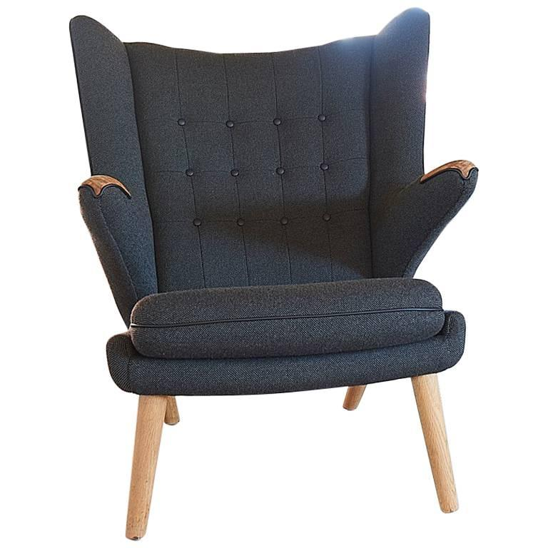 Hans J. Wegner AP19 Papa Bear Chair