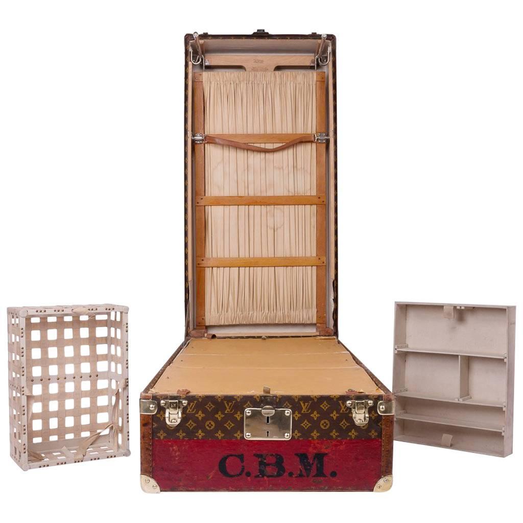 20th Century Rare Louis Vuitton Woven Canvas Wardrobe Trunk, Circa 1930