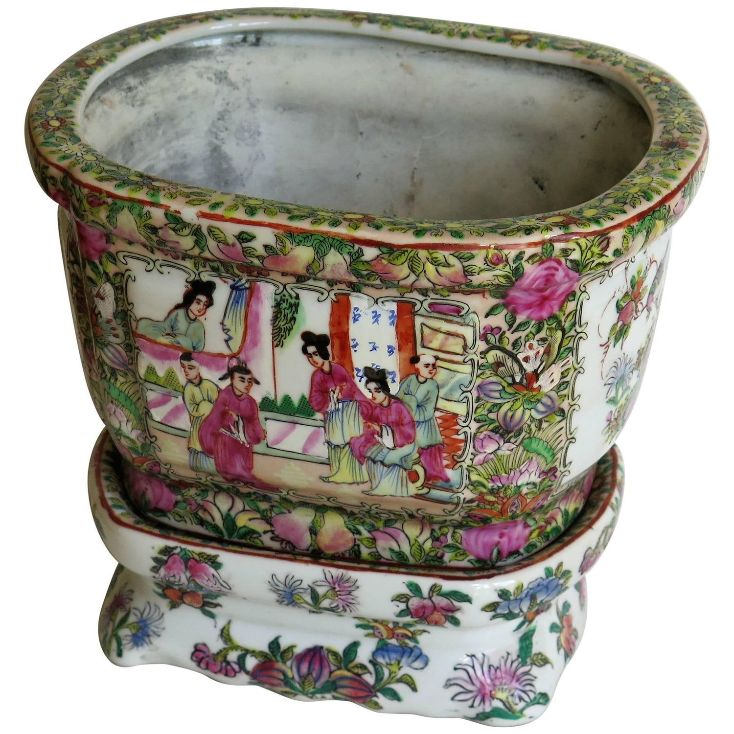 Chinese Export Planter or Jardinire with Base Stand Rose Medallion, circa  1900
