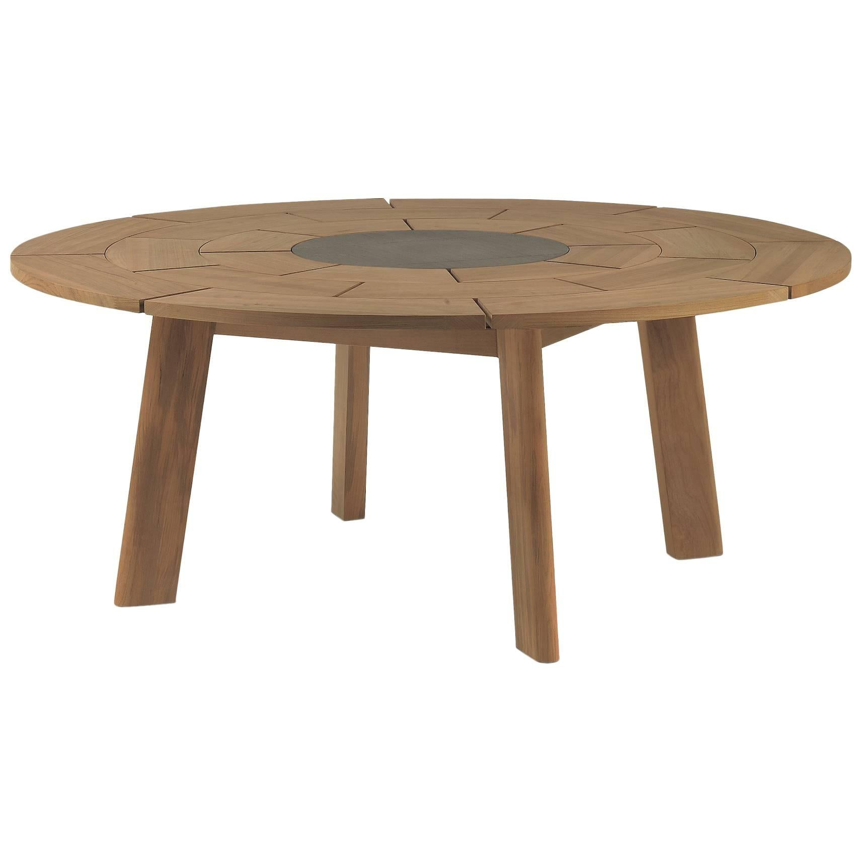 Roda Brick Round Outdoor Dining Table For Eight People With Stone Centre For  Sale