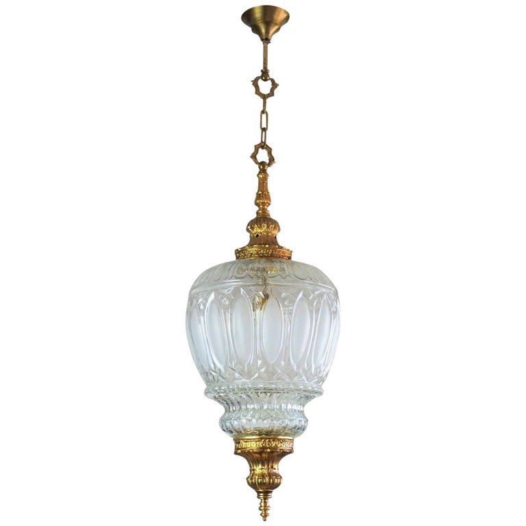 Art Deco Large Art Glass and Gilt Bronze Lantern Chandelier, circa 1920 1