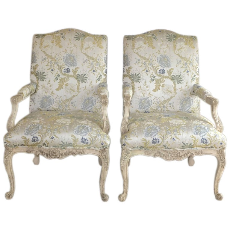 Pair of louis xv style fauteuils by baker for sale at 1stdibs - Fauteuil style louis xv ...