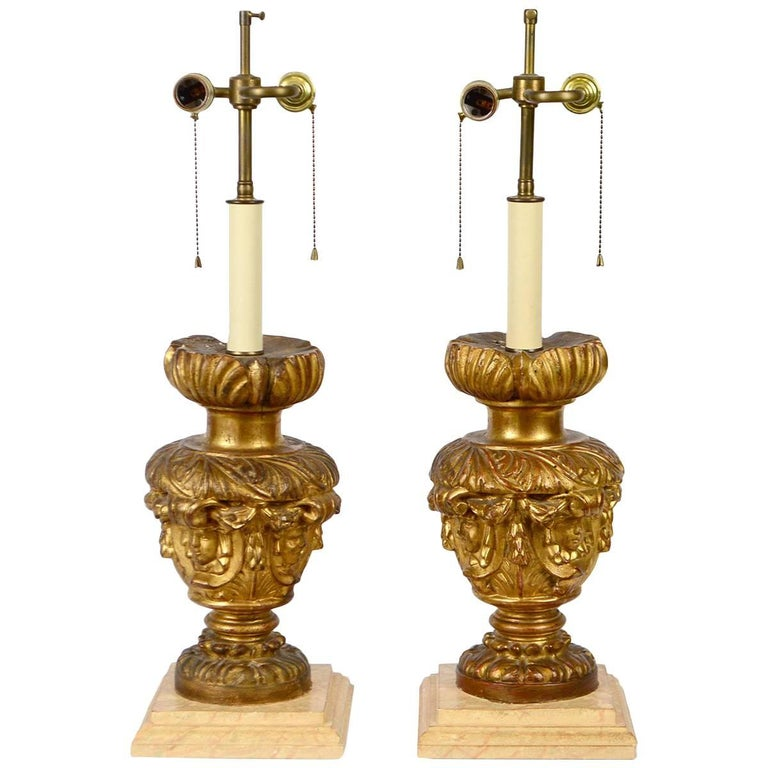 Pair of 18th-19th Century Carved Italian Giltwood Lamps 1