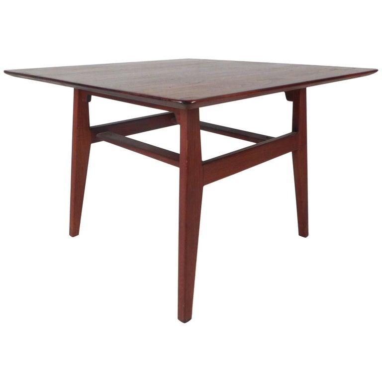 Mid-Century Modern Side Table by Jens Risom