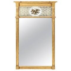 Very Fine Giltwood Federal Mirror with Églomisé Panel