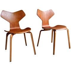Arne Jacobsen Teak Grand Prix Chairs Pair Manufactured by Fritz Hansen, 1960s
