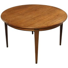 1950s Niels Otto Moller Circular Expandable Dinner Table in Rosewood.