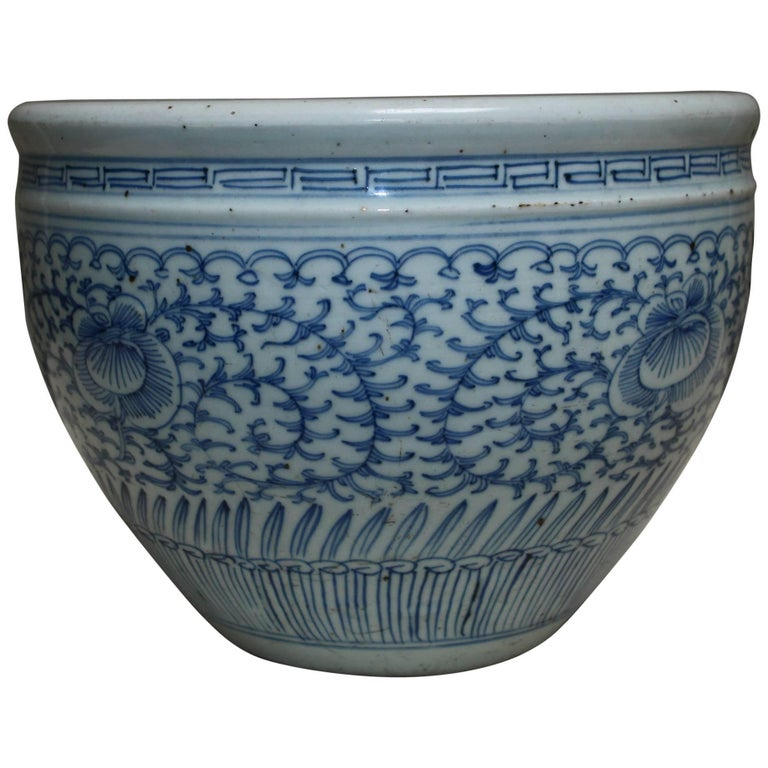 Antique Chinese Porcelain Blue and White Jardinière
