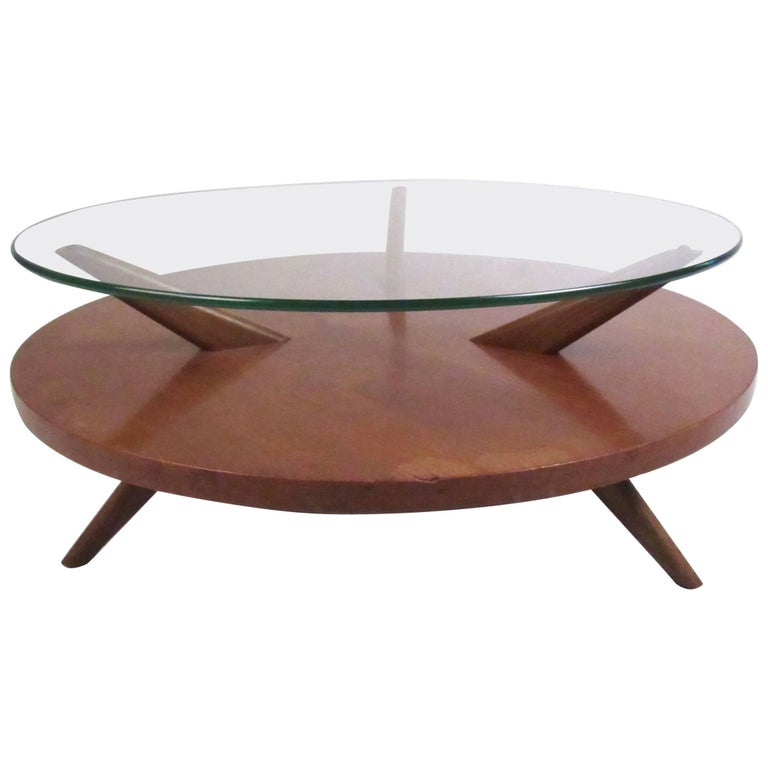 Mid-Century Two-Tier Coffee Table In The Style Of Heywood