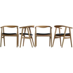 Hans Wegner Dining Chairs in Oak Model 525 for GETAMA