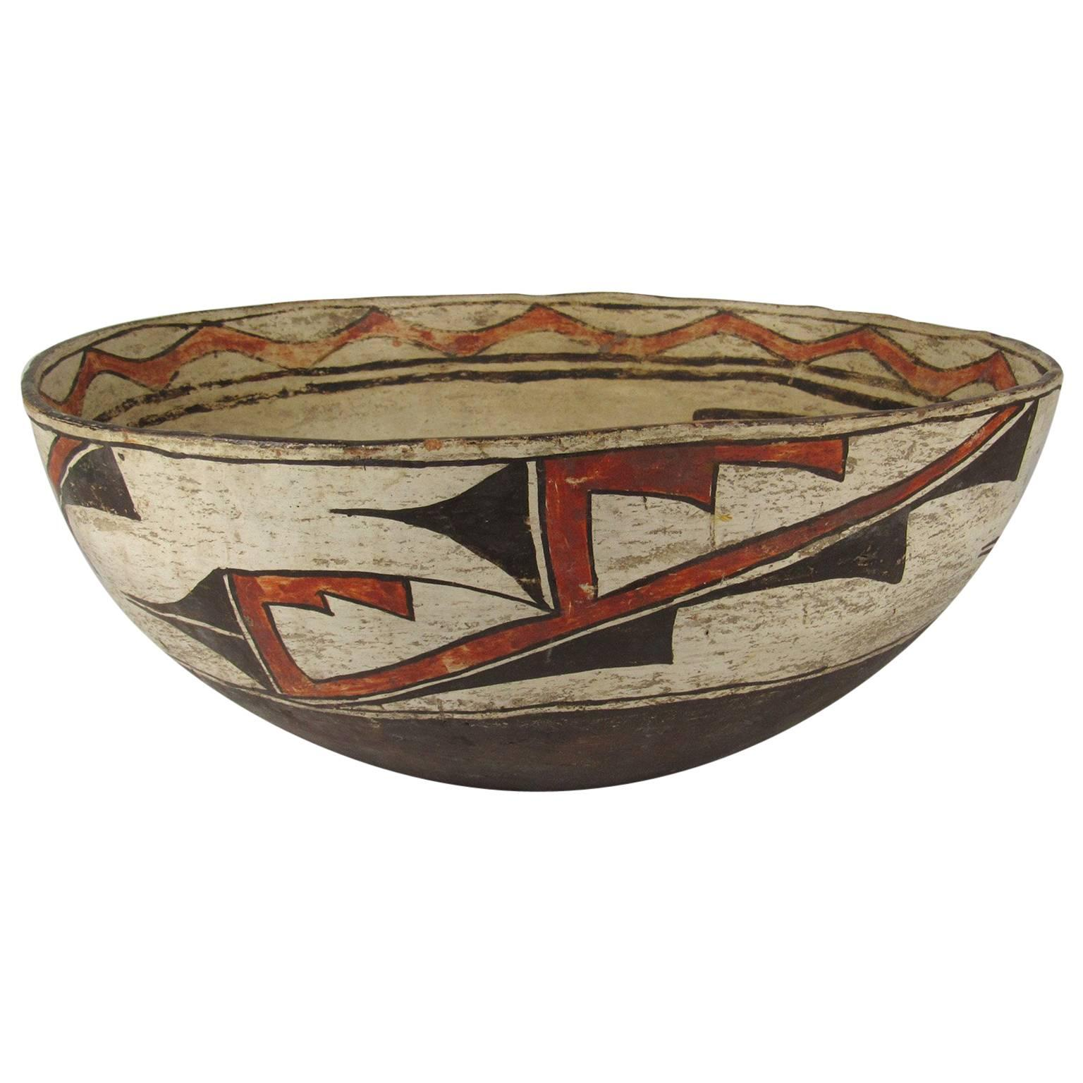 Antique Native American Zuni Polychrome Earthenware Bowl With Deer  Decoration For Sale