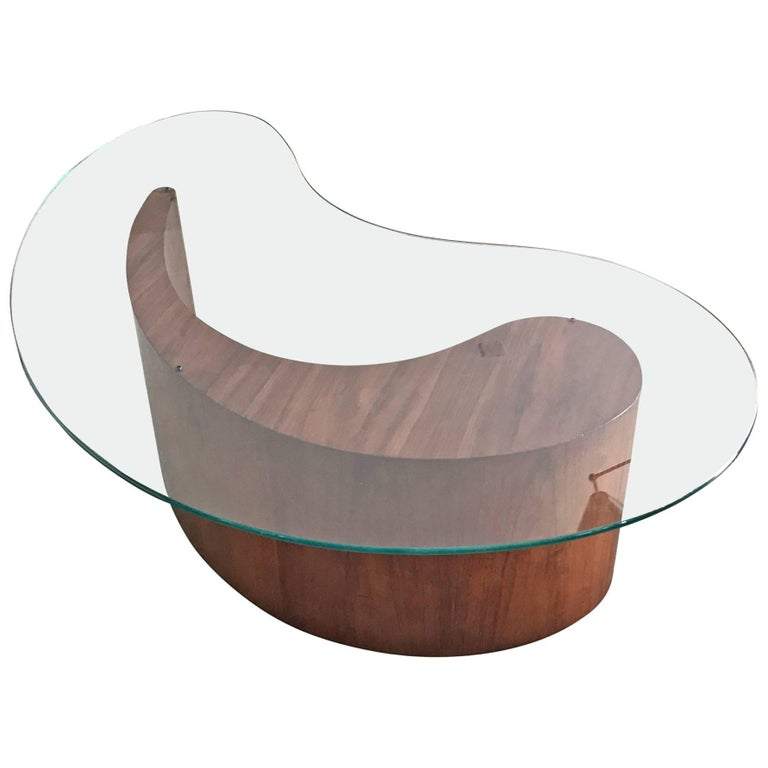 Kagan Style Biomorphic Coffee Table For Sale