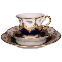 Stunning Meissen Collectible Decor B Shape Much Flowers and Gold