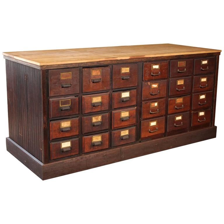 Charmant Vintage Wooden Store Counter Multi Drawer Apothecary Storage Cabinet For  Sale