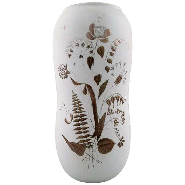 "Stig Lindberg, Vase, ""Grazia"", White Glazed, Painted with Silver Decoration"