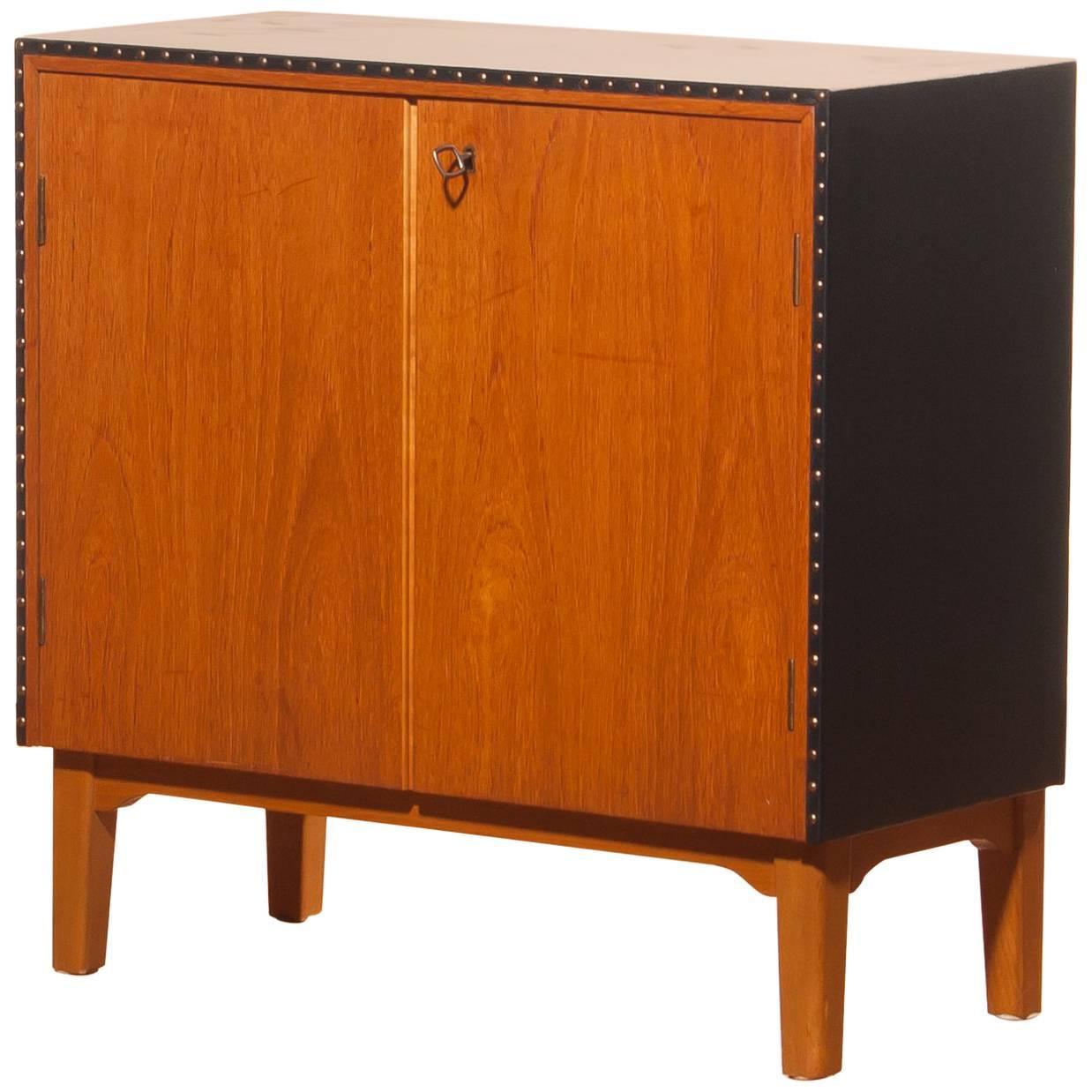 Small Cabinet / Mini-Bar by Bertil Fridhagen for Bodafors in Teak ...