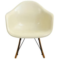 Eames Rocking Armchair RAR Cream