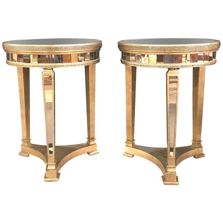 Pair of Hollywood Regency Style Mirrored and Silvered End Lamp Tables For Sale