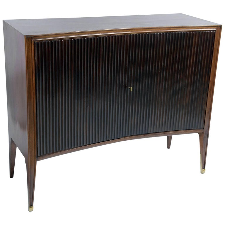 Mid century italian curved and grooved front doors for Sideboard glasfront
