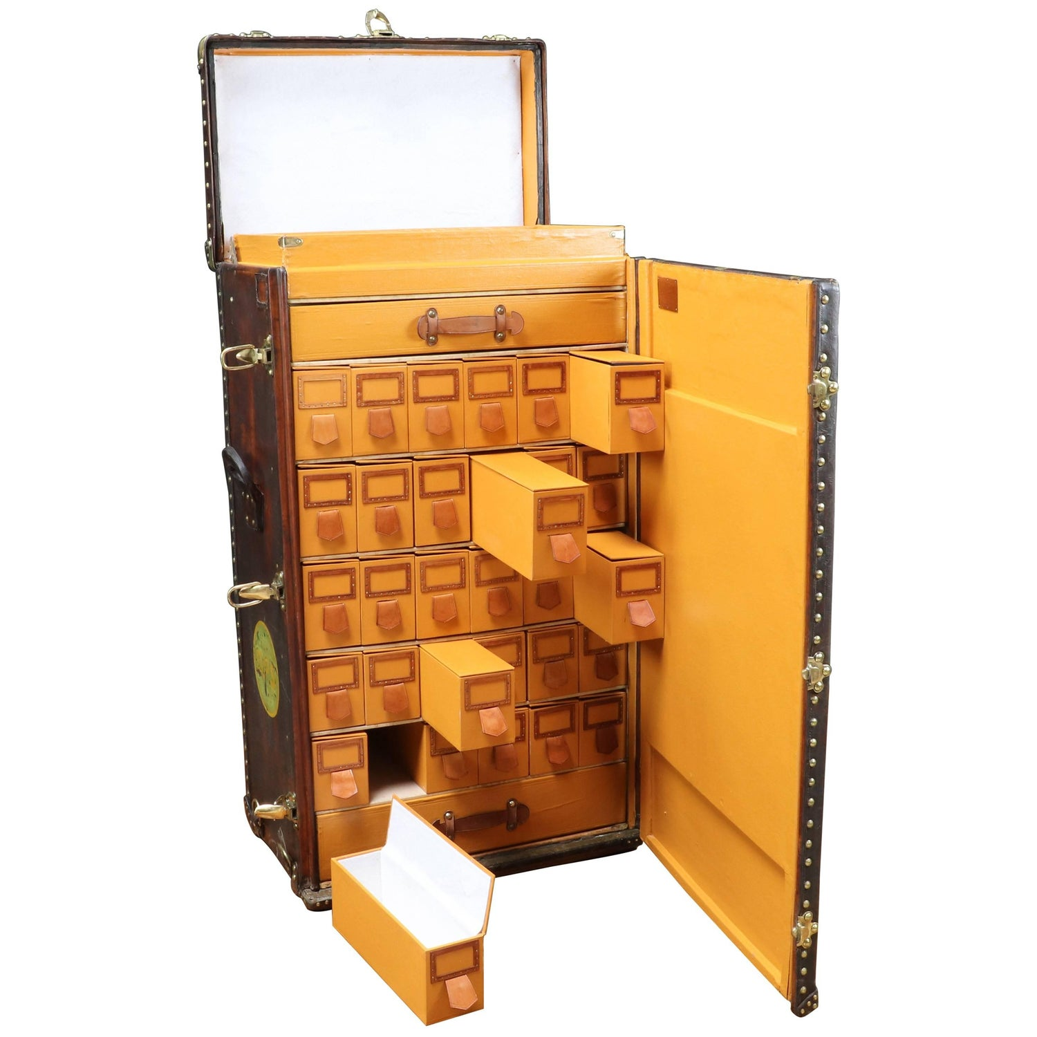 1930s wardrobes and armoires - 69 for sale at 1stdibs