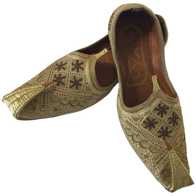 Handcrafted Arabian Embroidered Slippers Shoes