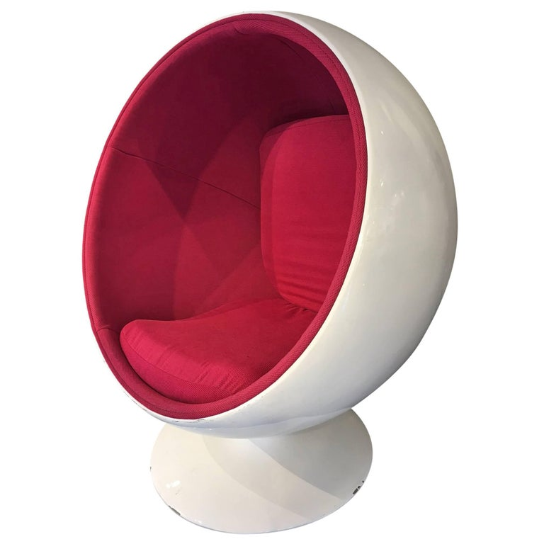 fantastic eero aarnio armchair circa 1970 for sale at 1stdibs. Black Bedroom Furniture Sets. Home Design Ideas