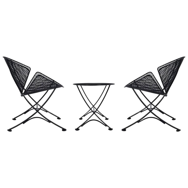 Maurizio Tempestini Pair of Patio Iron Lounge Chairs & Table, Mid-Century Modern For Sale