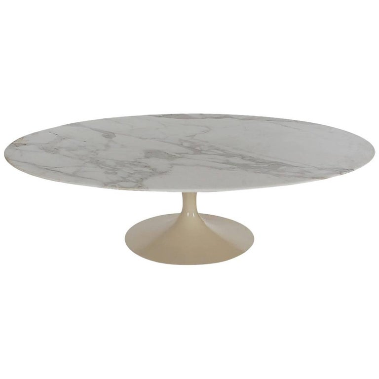 Mid Century Modern Eero Saarinen Oval Marble Tulip Cocktail Table For Knoll At 1stdibs