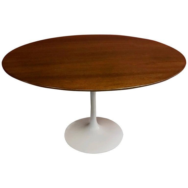 1960 Saarinen Tulip Table