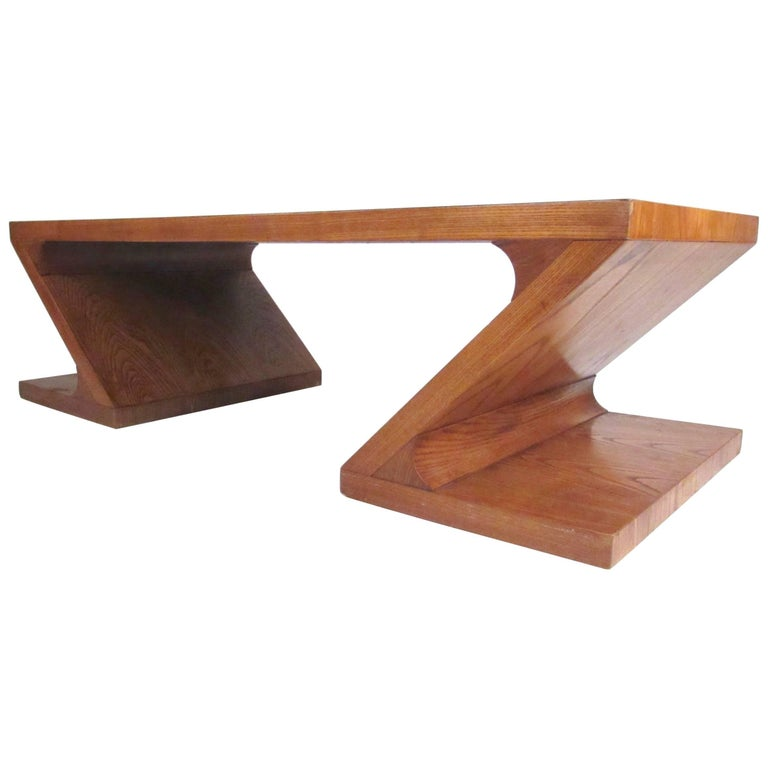 Stylish Vintage Sculptural Coffee Table by Lane For Sale