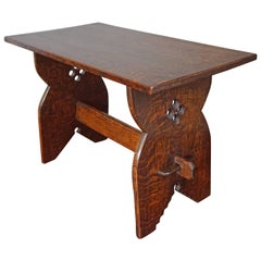Early 20th Century Arts and Crafts Solid Tiger Oak Occasional or Side Table