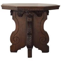 Italian Baroque Style Walnut Octagonal Centre Table, Second Half of 19th Century